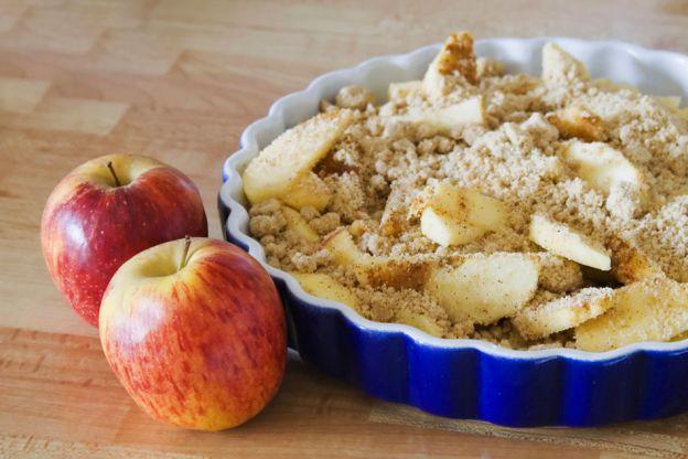 10 sobremesas para colocar a maçã em destaque - Crumble de maçãs