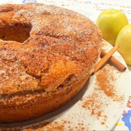 Bolo de maçã e canela delicioso