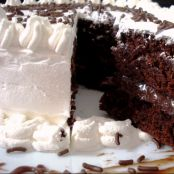 Torta de chocolate com chantilly